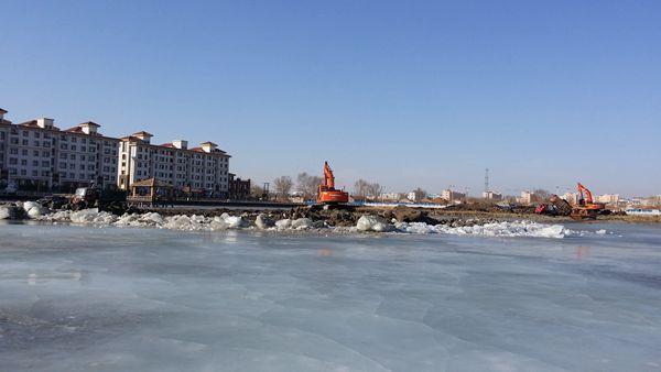泰湖湿地水上乐园工程是湿地风景区文化建设的重要内容,也是2014年